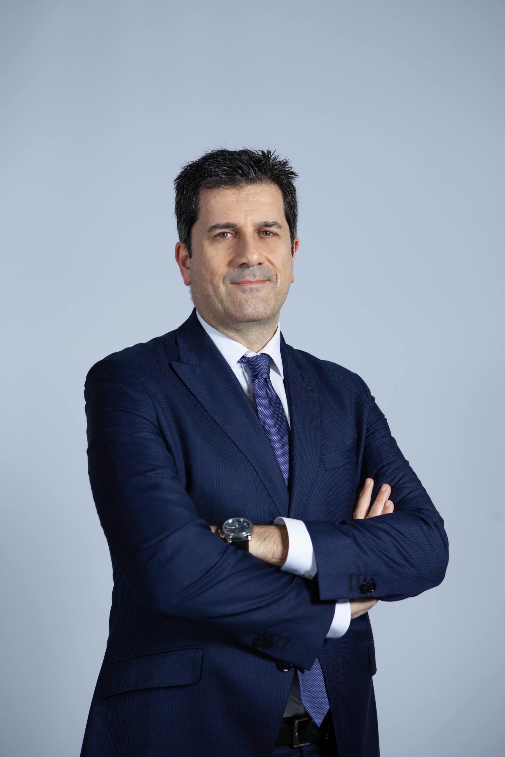 Arturo J. Fernández González